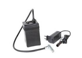 Laser Entfernungsmesser Im Handgepäck : Akku